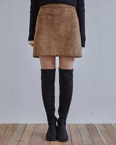 repeatedly suede  skirt (s, m)