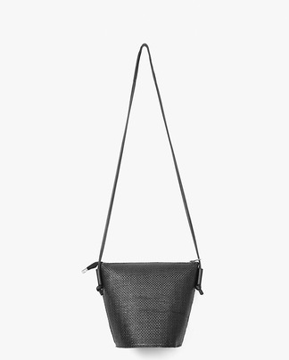 trapezoid straw shoulder bag