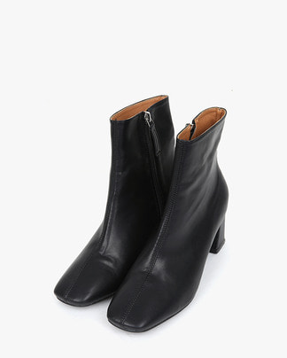 sleek ankle boots (225-250)