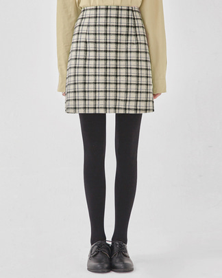 have mini wool check skirt (s, m)